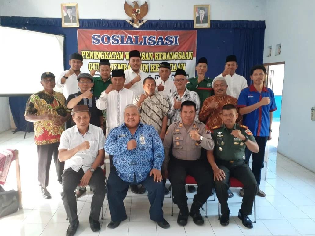 Indonesia Menjadi Perebutan Segala Aliran