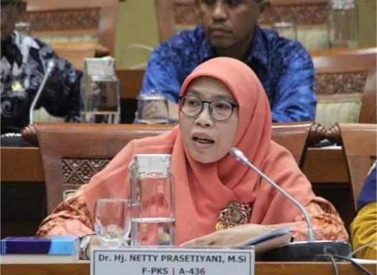 Fraksi PKS Minta Pemerintah Pasang Target PPKM Selesai Kapan