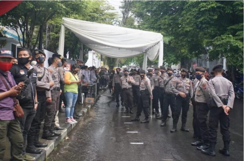 Warning Paslon, Bawaslu Sulut: Tak Ada Kerumunan dan Arak-arakan Saat Penetapan Calon