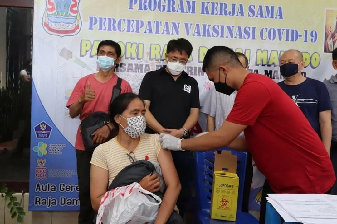 Penerima Vaksin Gratis di Manado Dapat Hadiah Jutaan Rupiah