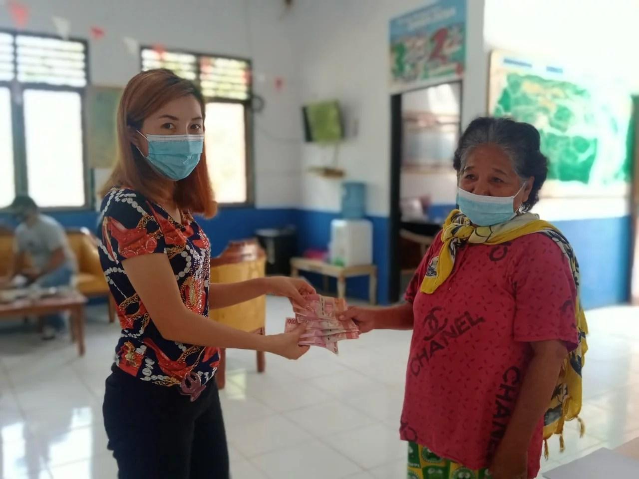 75 KPM yang Ada di Desa Lanut Terima BLT untuk Tiga Bulan