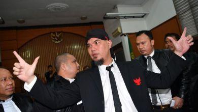 Photo of Ahmad Dhani Divonis 1,5 Tahun Penjara, Langsung Ditahan di Cipinang