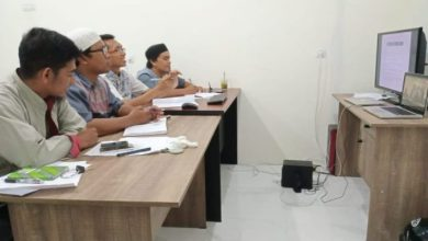 Photo of Forjim Gelar Pelatihan Jurnalistik Jarak Jauh Jakarta-Banggai Lewat Skype