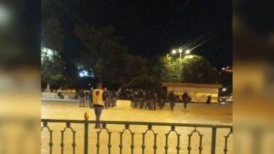 Photo of Israel Serbu Al-Aqsha dan Paksa Jemaah Itikaf Keluar