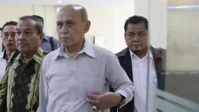 Photo of Pengadilan Tolak Gugatan Praperadilan Kivlan Zen, Penasihat Hukum: Hakimnya Aneh