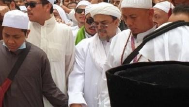Photo of Agus Maftuh Tuduh HRS Serobot Doa, FPI: Pemfitnah Habib Rizieq Tobatlah!
