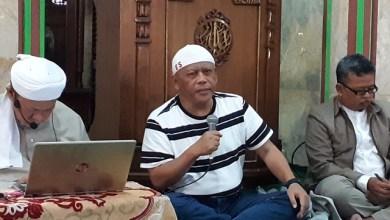 Photo of Eggi Sudjana: Indonesia Berdasar Ketuhanan yang Maha Esa, Hukum Islam Harus Berlaku