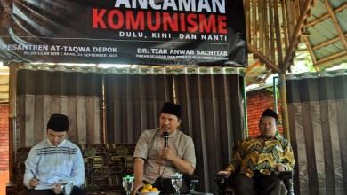 Photo of Kelompok Islam Tetap Musuh Utama Komunis