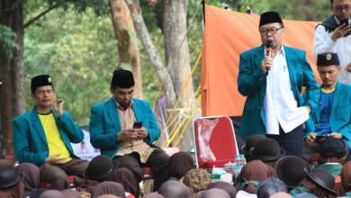 Photo of Di Perkemahan Pesantren Nasional, Ribuan Santri Diminta Tingkatkan Budaya Akhlak dan Ilmu
