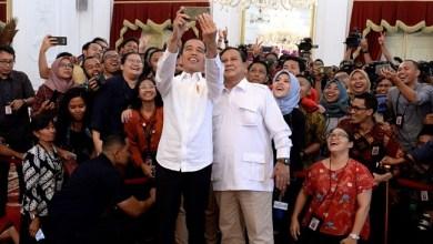 Photo of Jokowi Undang Prabowo ke Istana, Bahas Koalisi