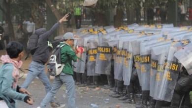 Photo of Aksi Mahasiswa dan Anak STM: Unjukrasa akan Berlarut seperti Hongkong?
