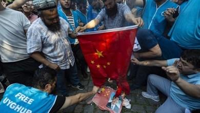 Photo of Tokoh Uighur Serukan Penghentian Hubungan Dagang dengan China