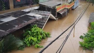 Photo of BNPB: Korban Tewas Banjir Bertambah jadi 66 Orang