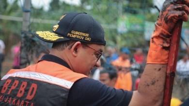 Photo of Curah Hujan Tertinggi Sejak 1996, Anies: Alhamdulillah 85 Persen Wilayah Jakarta Aman
