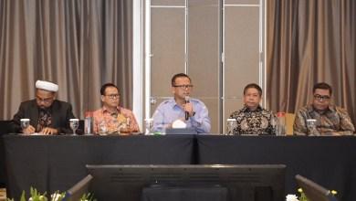 Photo of Tak Ngantor Lagi di KSP, Ngabalin Jadi Pejabat di KKP