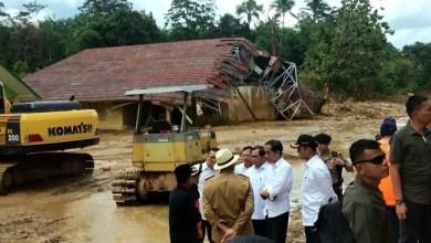 Photo of Diterjang Banjir, Belasan Pesantren di Lebak Rusak Parah