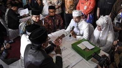 Photo of Malam Tahun Baru 2020, Pemprov DKI Nikahkan 631 Pasang Pengantin