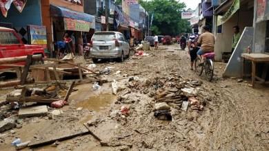 Photo of Tangani Sampah Pascabanjir, Wali Kota Bekasi Minta Bantuan Gubernur Anies