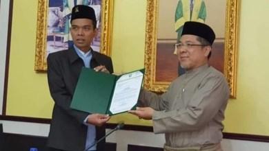 Photo of UAS Diangkat Jadi 'Visiting Professor' di UNISSA Brunei