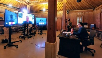 Photo of Anies Bertukar Info Penanganan COVID-19 dengan 44 Pemimpin Kota dari 31 Negara