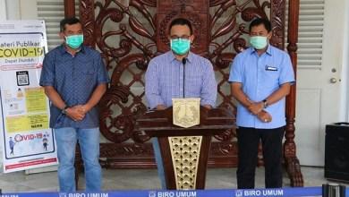 Photo of Survei: Masyarakat Nilai Anies Baswedan Paling Tepat Tangani COVID-19