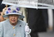 Photo of Ratu Inggris Dikabarkan Positif COVID-19