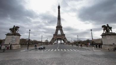 Photo of Sedang 'Perang', Prancis Lockdown Seluruh Wilayah
