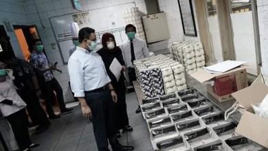 Photo of Tes Swab Keluarga Perawat RSCM yang Meninggal Ditangani Dinkes DKI, Pagi Tes Ulang Malam Keluar Hasilnya