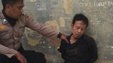 Photo of Tusuk Wiranto, Pleidoi Abu Rara: Tak Sengaja, Bukan Terorisme