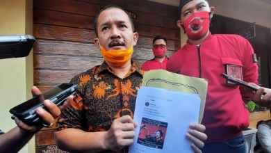 Photo of PDIP Yogya Laporkan Tujuh Akun Medsos, Politisi Demokrat: Sama Tagar Aja Takut