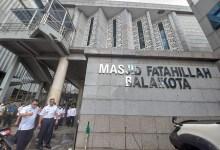 Photo of Masjid Fatahillah Balai Kota Gelar Jumatan Perdana, Anies: Ada Kerinduan Luar Biasa