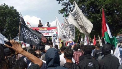 Photo of Umat Islam di Solo Gelar Aksi Tolak RUU HIP