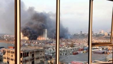Photo of Presiden Lebanon Duga Ledakan Dahsyat Beirut karena Bom atau Rudal