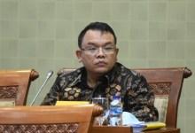 Photo of Anggota DPR: Jelaskan Pada Kita Apa Mini Lockdown Itu?