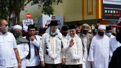 Photo of Dukung Erman-Marfendi di Pilkada Bukittinggi, UAS Ajukan 12 Syarat