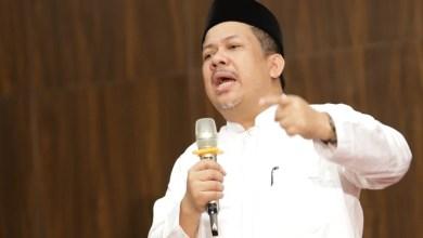 Photo of Fahri Hamzah: Mengapa Anggota DPR Pembuat UU Berbagai Versi yang Rusuh Tidak Ditangkap?