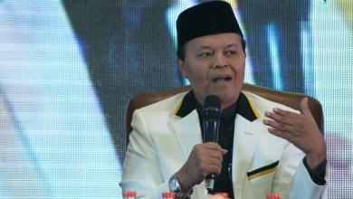 Photo of Hidayat Nur Wahid Minta Polisi Bebaskan Delapan Tokoh KAMI