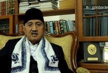 Photo of Innalillahi, Pimpinan Pesantren Modern Gontor KH Abdullah Syukri Zarkasyi Wafat