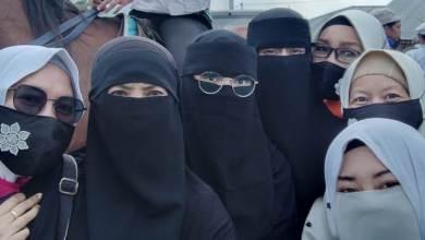 Photo of Suka Cita Muslimah Bogor Sambut Kepulangan Habib Rizieq