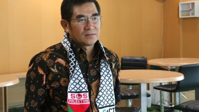 Photo of Mantan Ketua MK: Salah Pasal Pelanggaran PSBB Diancam dengan UU Kekarantinaan