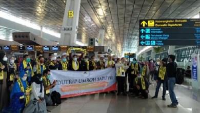 Photo of Umroh Dibuka Kembali, 360 Jamaah Indonesia Berangkat