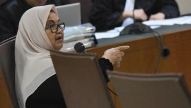 Photo of Bebas dari Penjara, Siti Fadilah Akan Mengajar dan Jadi Peneliti