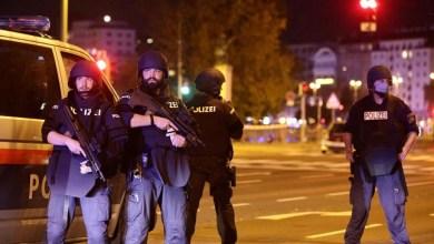 Photo of Austria Diguncang Serangan: Satu Orang Tewas, 15 Luka-luka