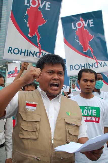 Aksi Kemanusiaan Love Rohingya - SuaraJakarta.com (04)