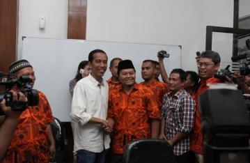 Jokowi dan Hidayat saat di HDC Buncit (2)