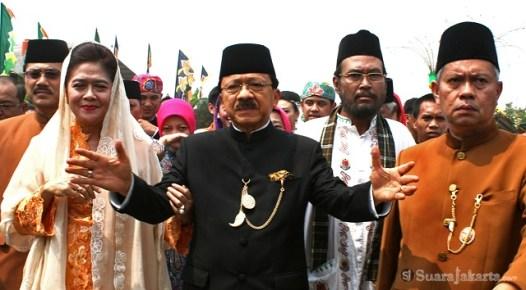 10092012 Gubernur DKI Jakarta mengajak agar seluruh warga tetap tenang bersatu untuk Jakarta