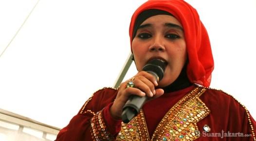 10092012 Pada panggung musik menyajikan pula lagu daerah DKI Jakarta
