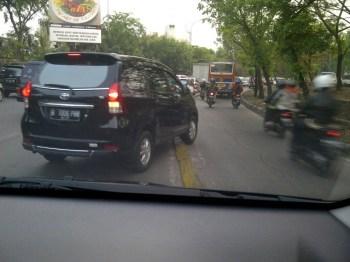 Serobot Jalur - SuaraJakarta.com (4)