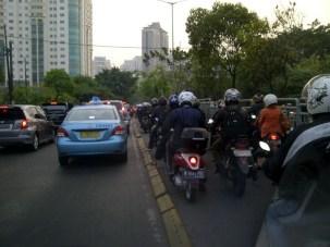 Serobot Jalur - SuaraJakarta.com (9)