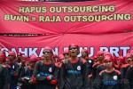 Tuntut Kenaikan Upah, Buruh Demo di Depan Gedung DPR-MPR